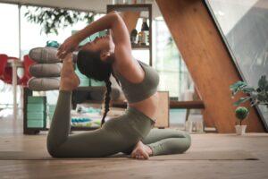 Pielęgnacja ciała dla osób ćwiczących w domu
